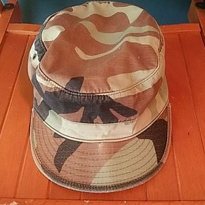 Vintage army bdu camouflage military hat